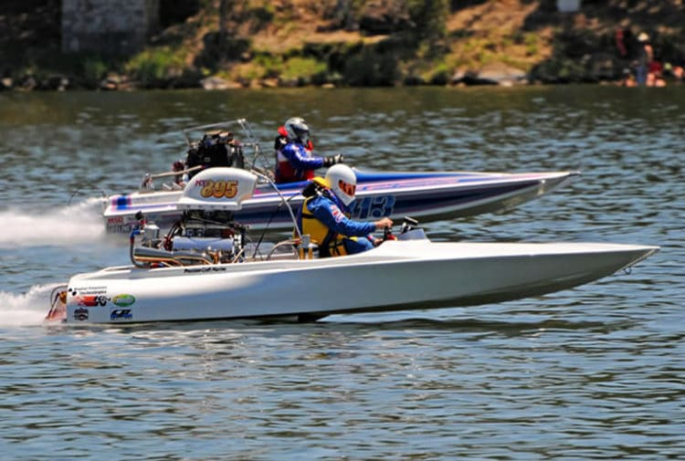 A Guide To Flat Bottom Boat Racing - Flat Bottom Boat World