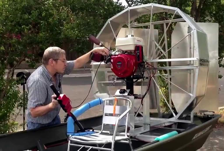 how do airboats work