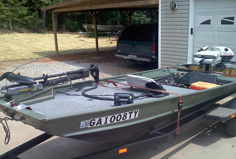 How to Set Up a Jon Boat for Fishing